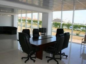 В чем плюсы аренды помещения в офисном центре