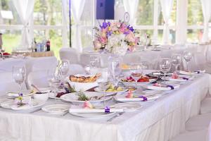 Аренда мебели для проведения свадебных торжеств