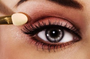 Как подчеркнуть красоту ваших глаз