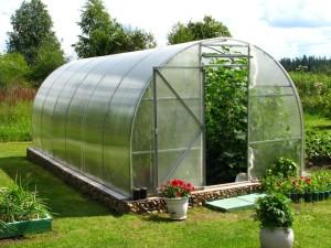Как оборудовать свой сад по последнему слову техники