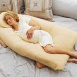 Как спать во время беременности правильно