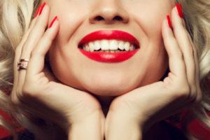 lazernaya-implantaciya-v-evropejskoj-stomatologicheskoj-klinike