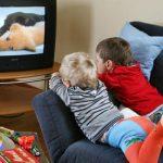 Почему ТВ может быть вредным для ребенка