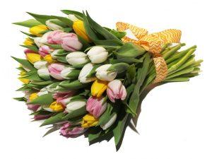 Делаем подарок сотрудницам. Букет цветов, конфеты, техника и т.д.1