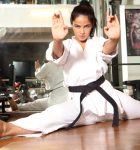 Девушка и боевые искусства. Нужно ли вам это?