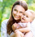 Красивая молодая мама. Советы матерям